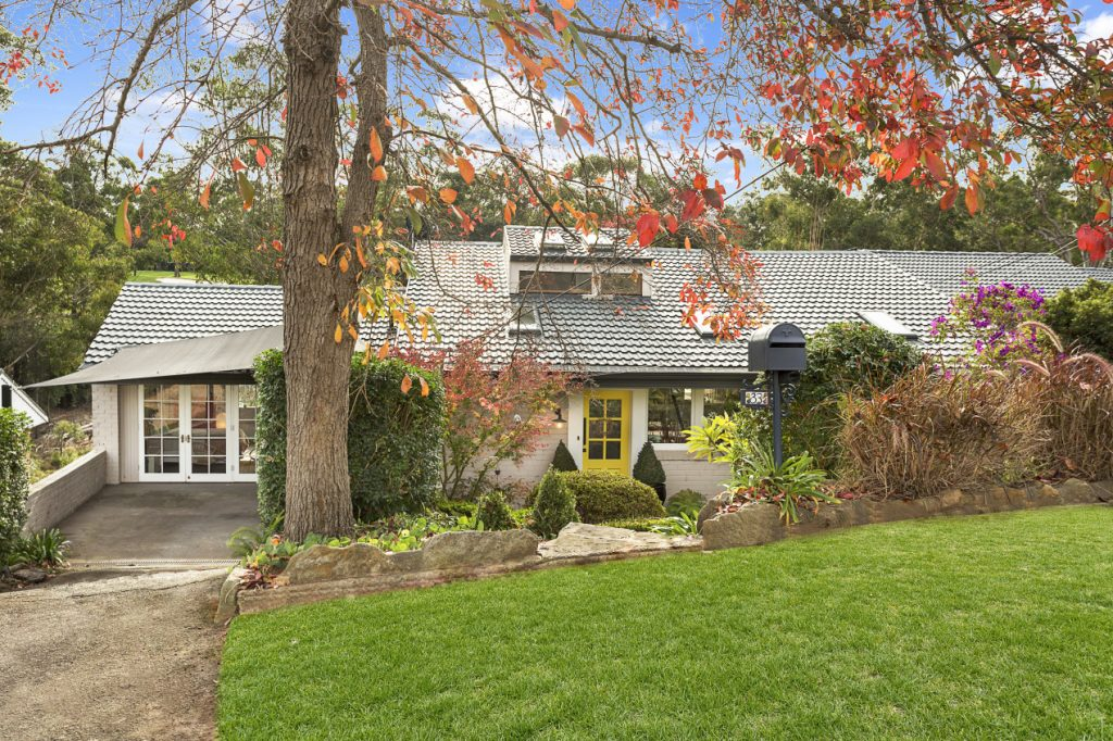 selling-your-house-in-autumn-a-visual-example