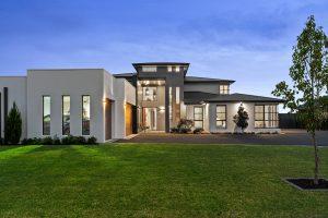 Pitt-town-house-sold